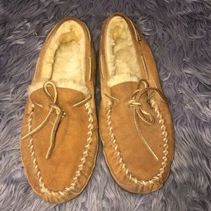 LL Bean Lined Slippers Size 10 Wide